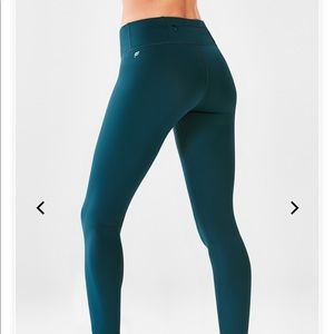 Fabletics Mid-Rise Cold Weather Legging Never Worn